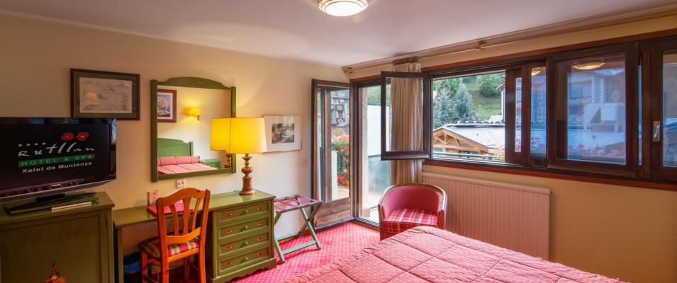 CHAMBRE DOUBLE STANDARD Hotel Rutllan & Spa